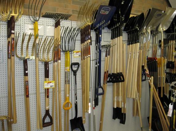 Shovels, rakes and pitchforks